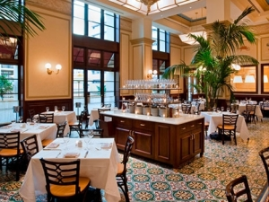 bouchon-beverly-hills-seating-0