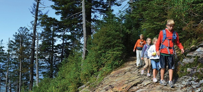 suncadia_recreation_trekking_770x350 SZ100